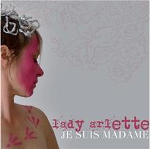 Lady Arlette se donne en spectacle !