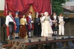 La Compagnie du Mystère Bouffe propose un stage de Commedia pour les enfants à partir de 7 ans.
