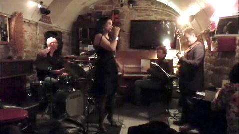 Laura Buenrostro Latin Quartet à la Cave du 38Riv'