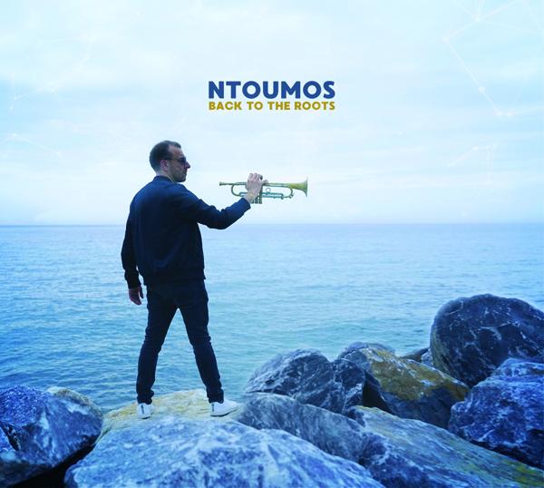 Ntoumos dévoile son album Back To The Roots