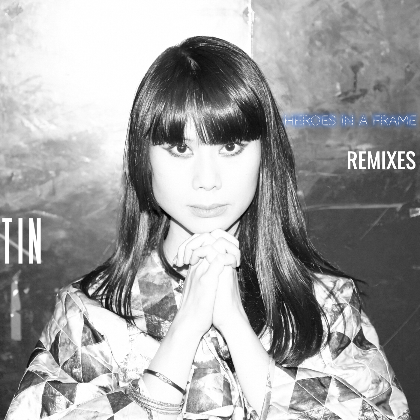 TIN se fait remixer sur son EP Heroes In A Frame