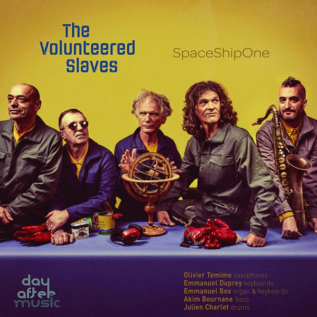 The Volunteered Slavec décollent avec l'album spirituel SpaceShipOne