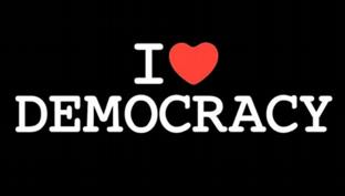 démocratie nom féminin (grec dêmokratia)