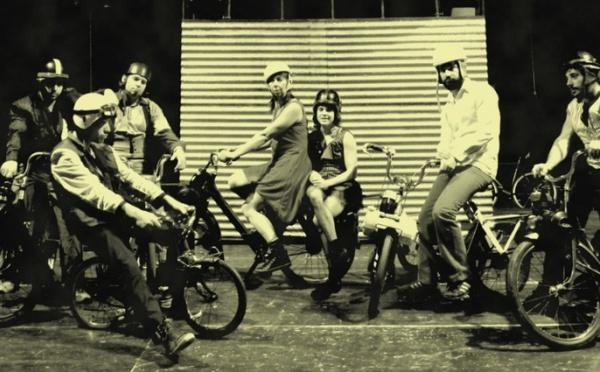 Cirque Solex 'N Roll sous chapiteau : Echappement Libre - Cie Aire de Cirque