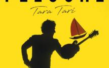 Féloche sur le bateau de Tara Tari
