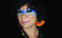 Sophia Charaï, la diva marocaine, présente Blue Nomada !